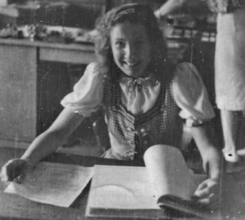 Maria Plotes