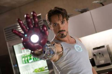 Robert Downey als Tony Stark
