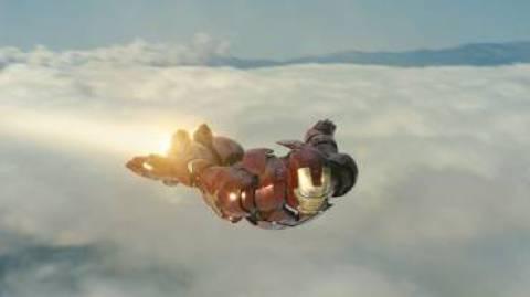 Iron Man im Flug